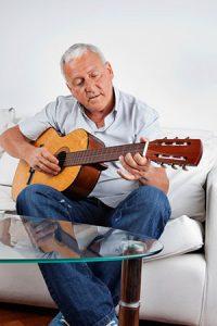 Adult Guitar Lessons Winnipeg